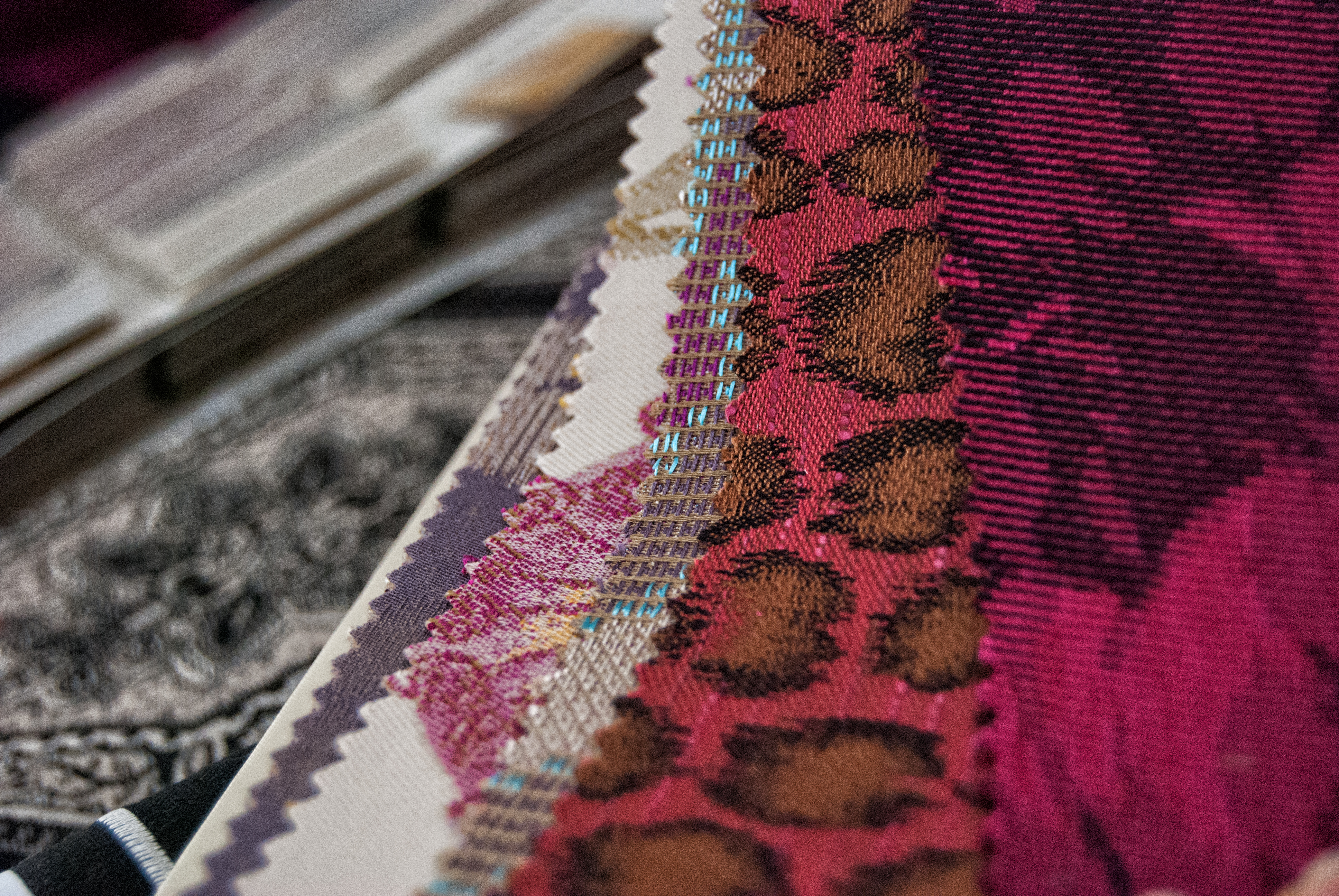 1000's of Fabrics to Chose From