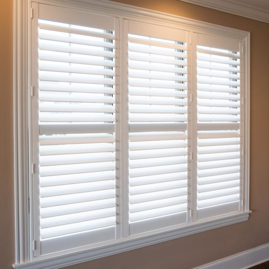 Palm Beach® Shutter with Hidden Tilt Operation